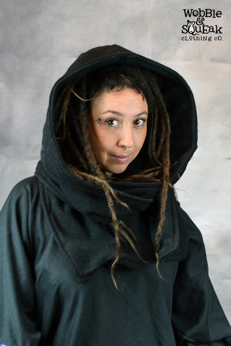 Woolen Snood Black