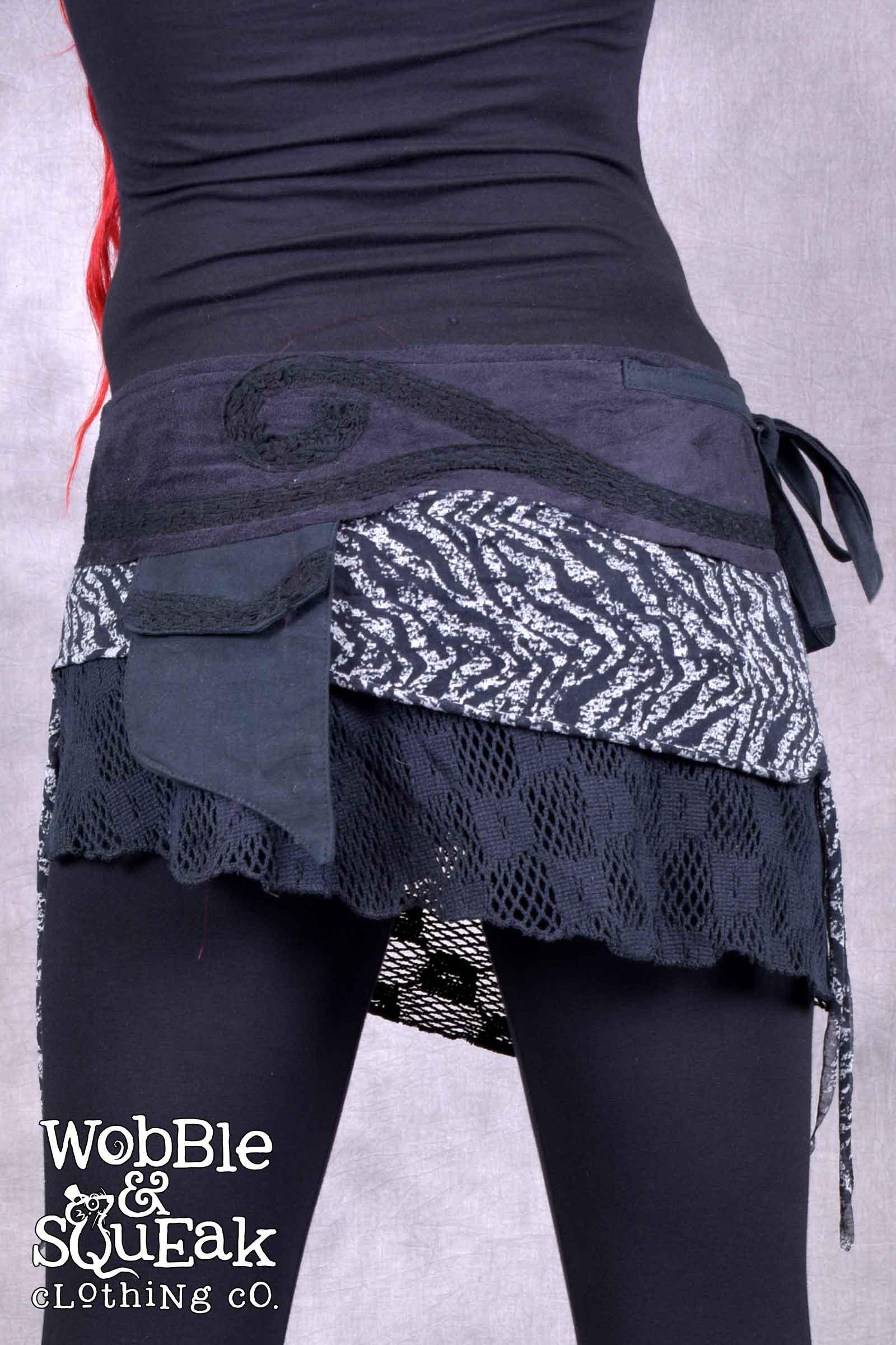 Giri Skirt Black